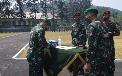 Tampuk Pimpinan Korps Taruna Akmil Beralih Kepada Taruna Tingkat III